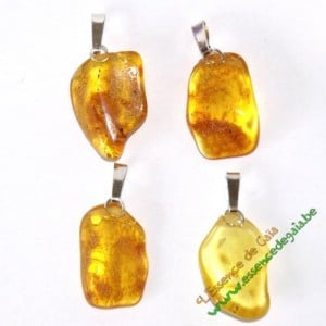 pendentifs en ambre